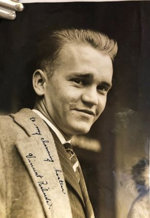 Signed photograph. Vincent Richards